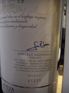 """Die Unterschrift von Chef-Önologe Gonzalo Rodríguez auf jedem Etikett der Reihe """"Varietales"""""""