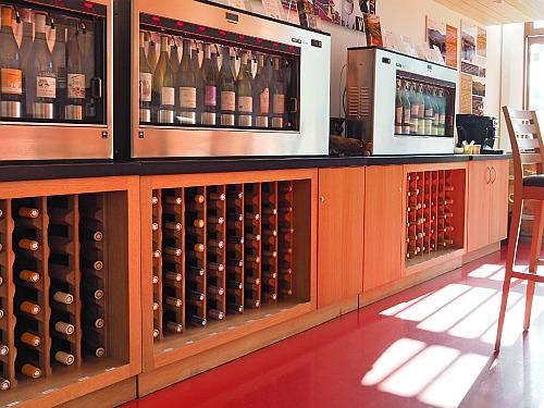 Weinprobierzentrum La Caborde Jura Wein probieren