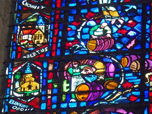 Champagne Reims Kathedrale Kirchenfenster Weinbau