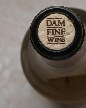 skurrilen Etiketten verdammt guter Wein