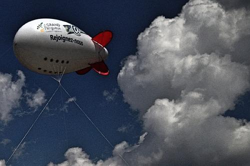 Moulin-à-Vent Zeppelin Hindenburg
