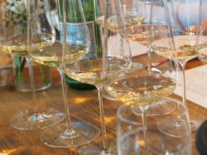 Statistische Angaben zum Wein Weißwein holt auf