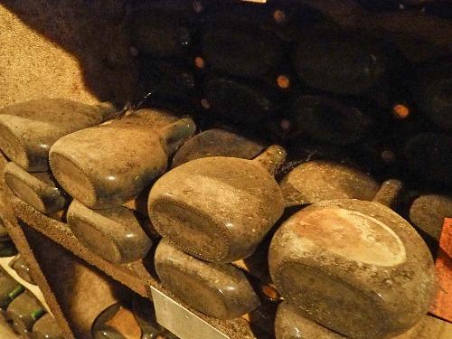 Bocksbeutel alter Wein Silvaner
